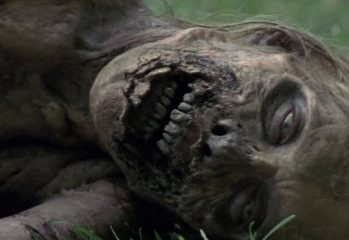 the walking dead bicycle girl 349x240 - The Walking Dead Bicycle Girl Time Lapse