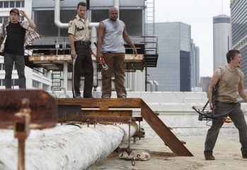 "vatos episode the walking dead 349x240 - Inside Episode 4: ""Vatos"""