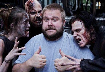 robert kirkman the walking dead 349x240 - Robert Kirkman Appearing At Arizona Comic Convention