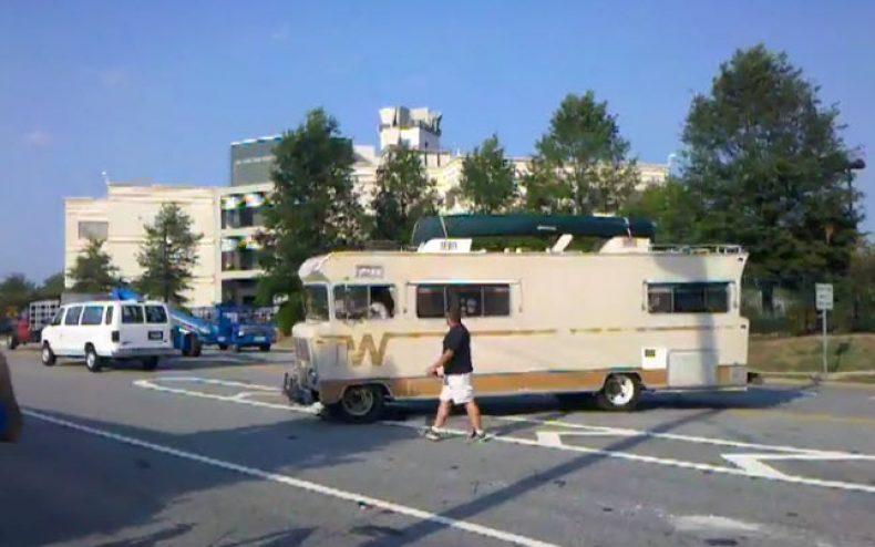 camper season 2 filming 790x494 - The Walking Dead Season 2 RV Scene Video!