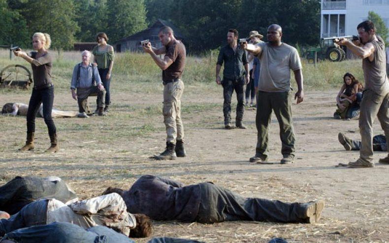 episode 7 firing line 790x494 - Get Ready for The Walking Dead's Return!