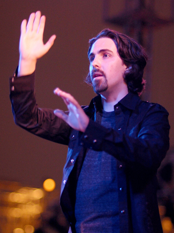 bear mccreary performing - The Music of the Walking Dead