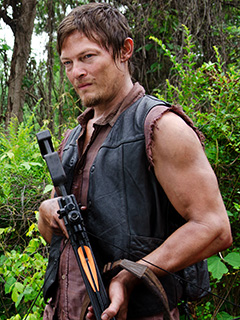 daryl dixon crossbow - The Walking Dead And The Daryl Dixon Dilemma