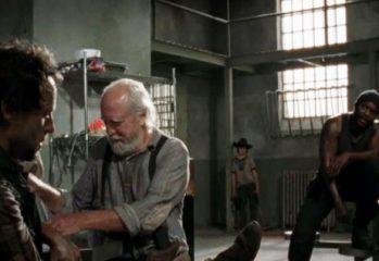 """the suicide king sneak peek 349x240 - The Walking Dead """"The Suicide King"""" Sneak Peek"""