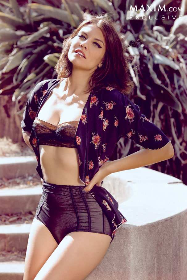 lauren cohan october maxim 1 - Lauren Cohan Appearing In October's Edition Of Maxim Magazine