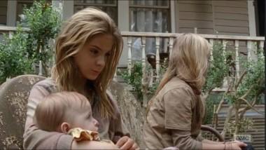 """photo 15 380x214 - The Walking Dead Recap – Season 4, Episode 14: """"The Grove"""""""