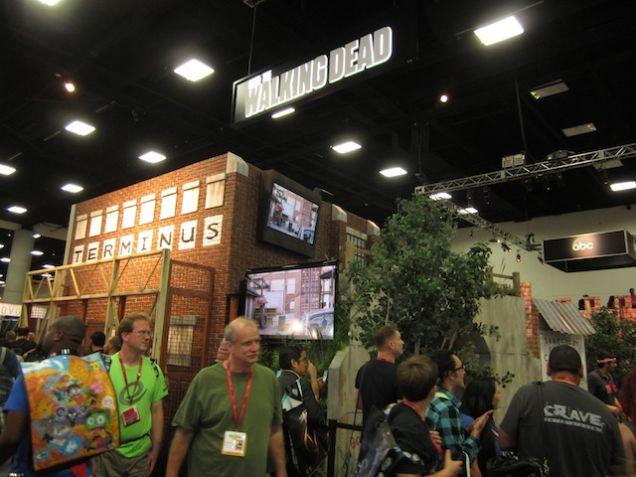 825343566390665871 - The Walking Dead At Comic-Con: Day One