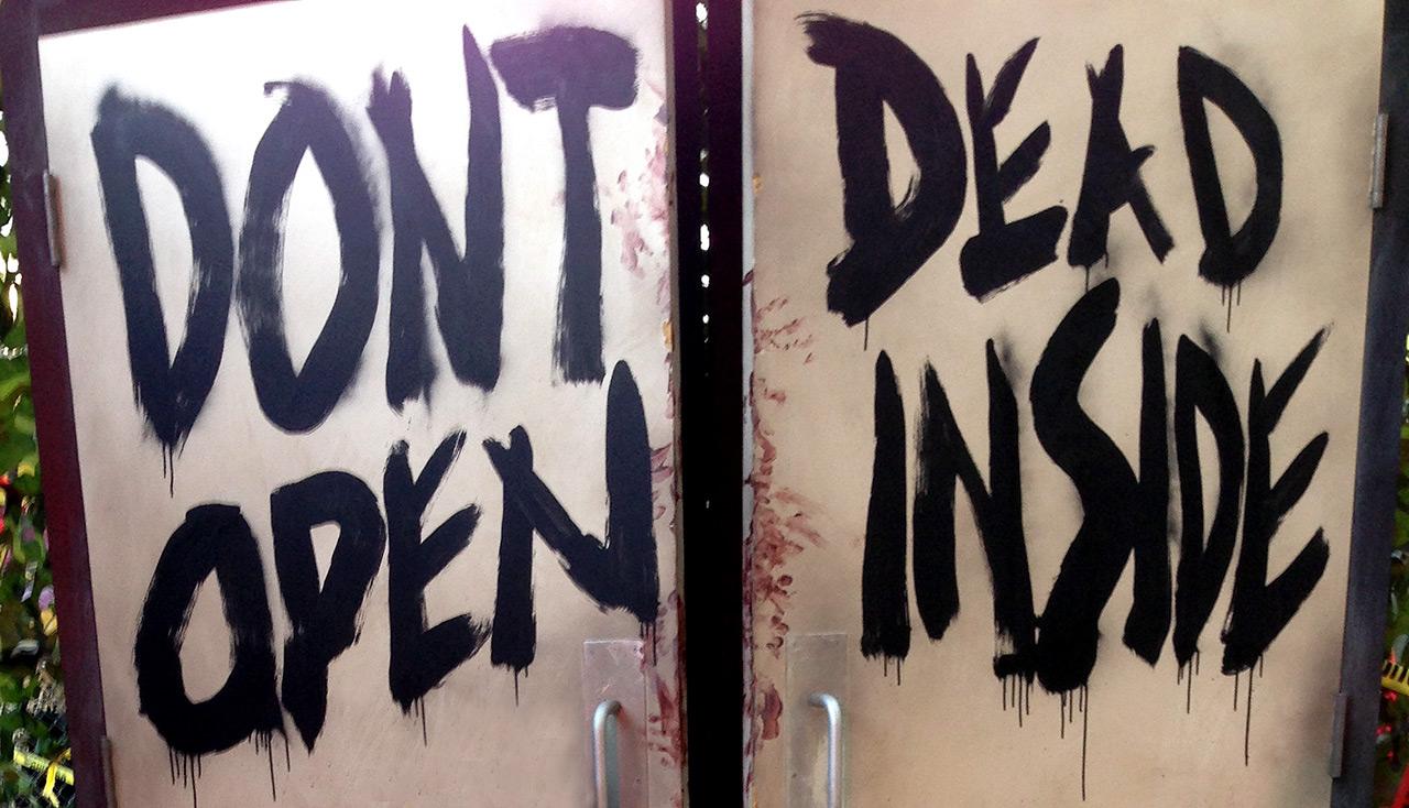 walking dead escape 2dcc 2014 2 final - SDCC2014: The Walking Dead Escape at Petco Park