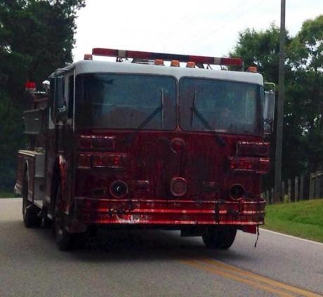 walking-dead-truck-460x423