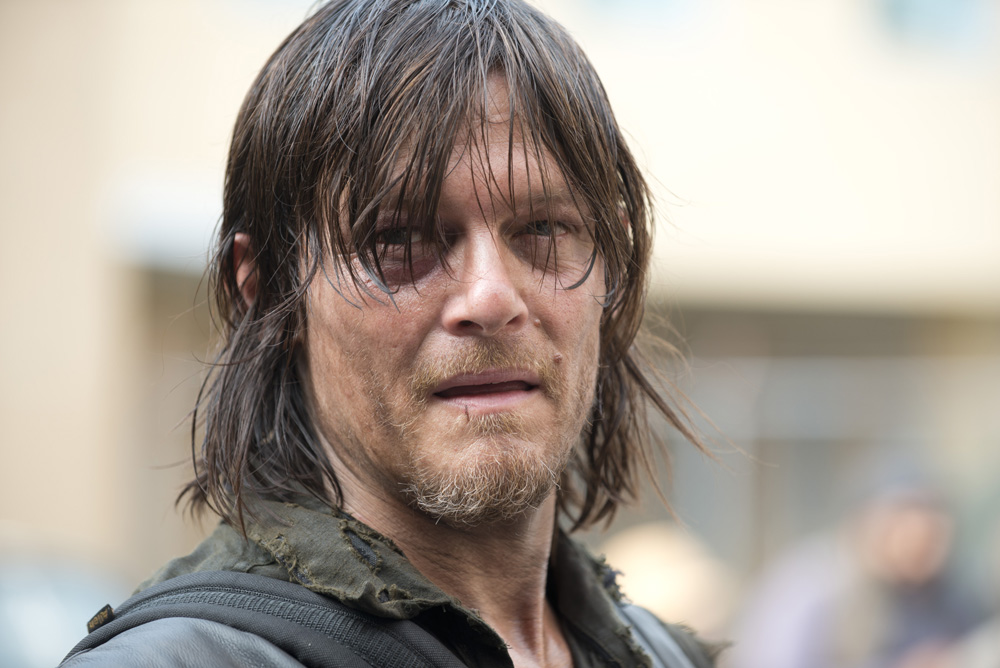 "3cf2478f 520b f84f 4aa5 89eb60a2c2e8 TWD 508 GP 0805 0254 - Norman Reedus Rejects ""Hearthrob"" Label in New Cast Interview"