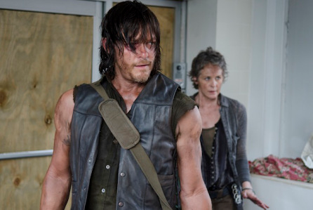 twd1 - The Walking Dead Averaged More Than Half a Million Tweets an Episode in 2014