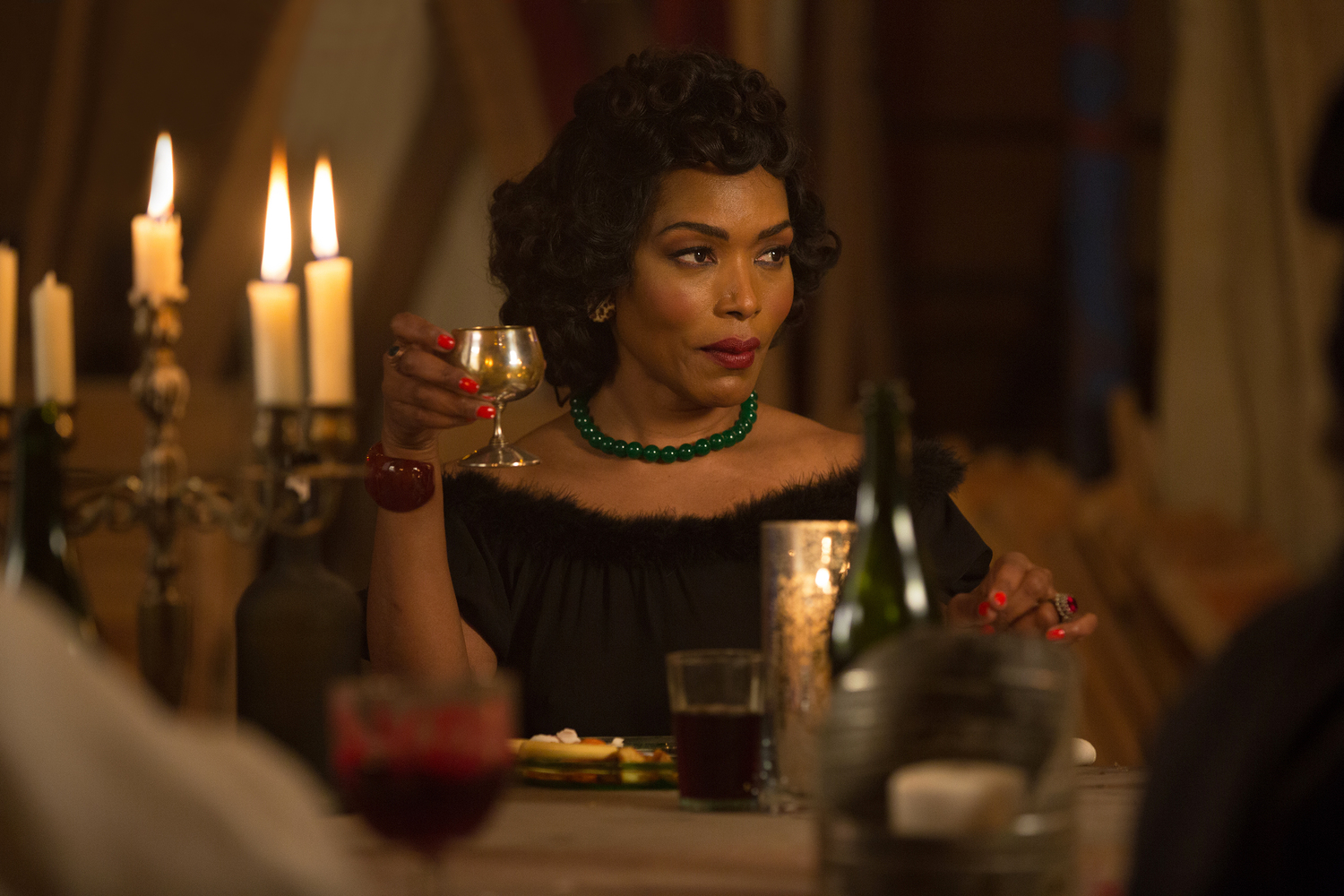 AHS 112514 0642 hires1 - American Horror Story: Freak Show 'Show Stoppers' Recap