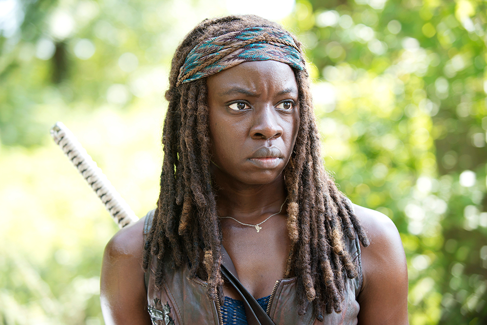 michonne - New Promo Shows Cast Investigating Gated Compound