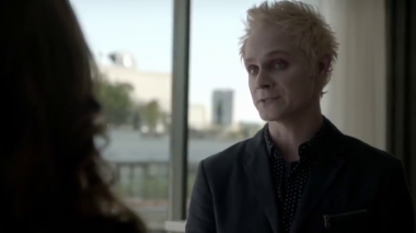 """vlcsnap 2015 03 25 20h12m13s186 380x213 - iZombie """"Brother, Can You Spare A Brain?"""" Recap"""