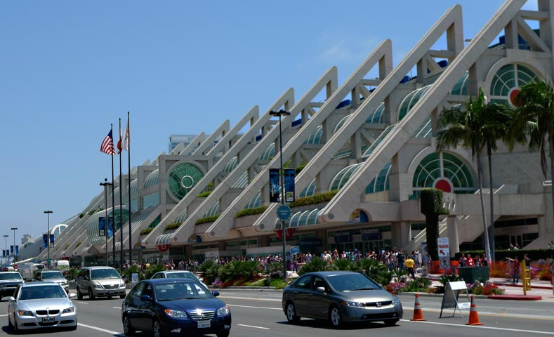 "SDCC convention center - The ""FX Fearless Arena"" Makes SDCC More Nuts"