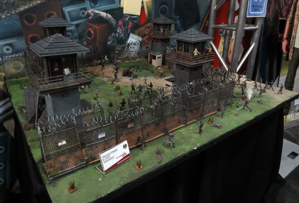 sdcc2015 07 09 mcfarlane toys booth 03 1024x697 - SDCC2015: A Photo Gallery Of McFarlane's Walking Dead Figures