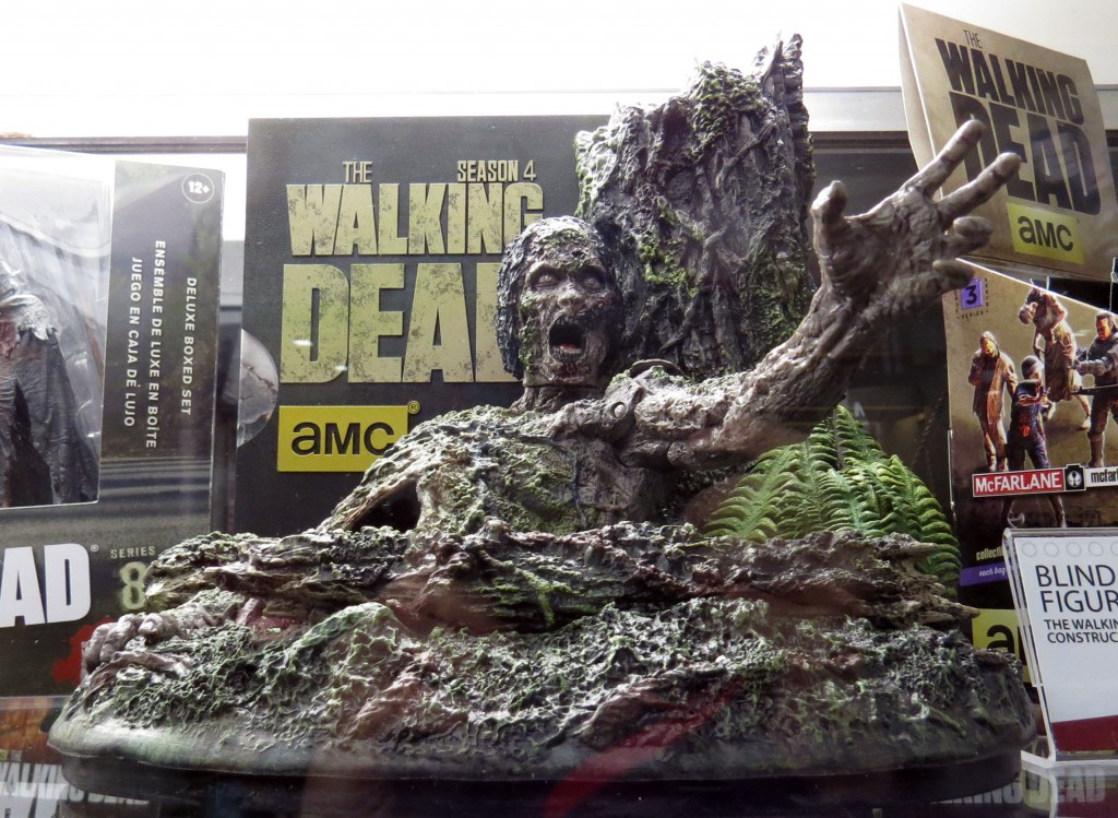 sdcc2015 07 09 mcfarlane toys booth 04 1024x749 - SDCC2015: A Photo Gallery Of McFarlane's Walking Dead Figures