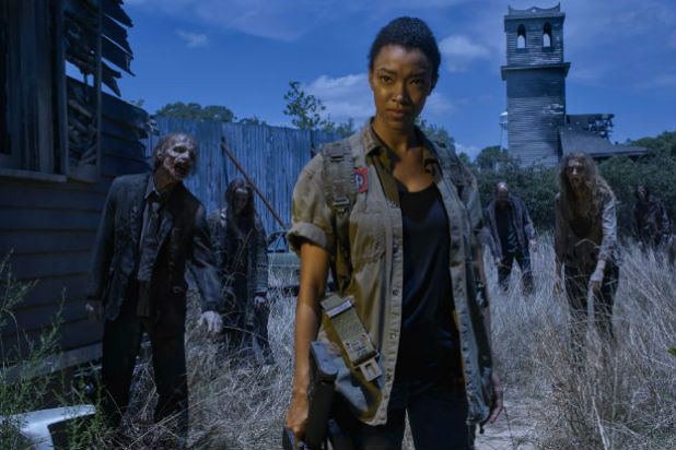 twd5 - Sasha Prepares For Battle In Season Six Premiere Promo Photo