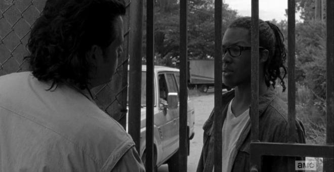 "vlcsnap 2015 10 13 18h24m28s75 660x340 - The Walking Dead Season 6 Premiere Recap: ""First Time Again"""
