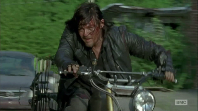 "vlcsnap 2015 11 20 15h36m14s148 790x444 - The Walking Dead Recap: ""Always Accountable"""