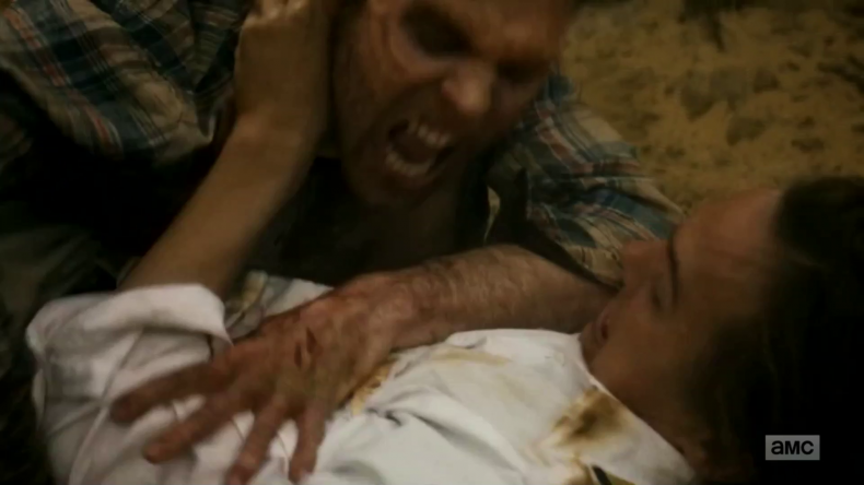 vlcsnap 2016 05 01 15h34m50s83 790x444 - Whoops: Bloody Fear The Walking Dead Promo Runs During Kid's Show