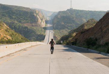 fear the walking dead episode 208 nick dillane 935 362x245 - fear-the-walking-dead-episode-208-nick-dillane-935