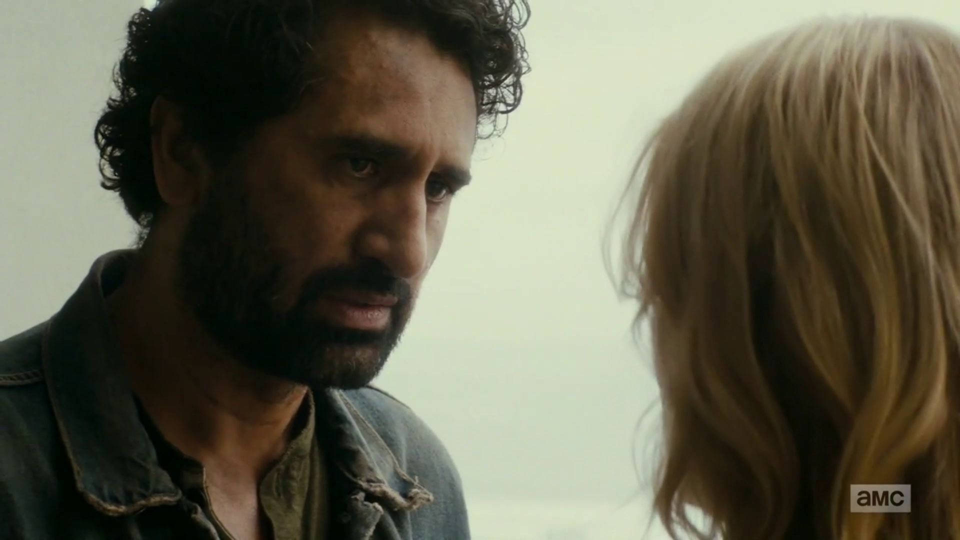 "vlcsnap 2016 09 27 18h08m05s16 - Fear The Walking Dead Recap: ""Date Of Death"""