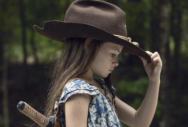 the walking dead season 9 episode 9 cailey fleming - Screens From Upcoming Episodes Of Season 9B