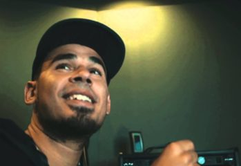 afrojack visits the sledgehammer 349x240 - Afrojack Visits the Sledgehammer Offices, Plays Call of Duty: Advanced Warfare